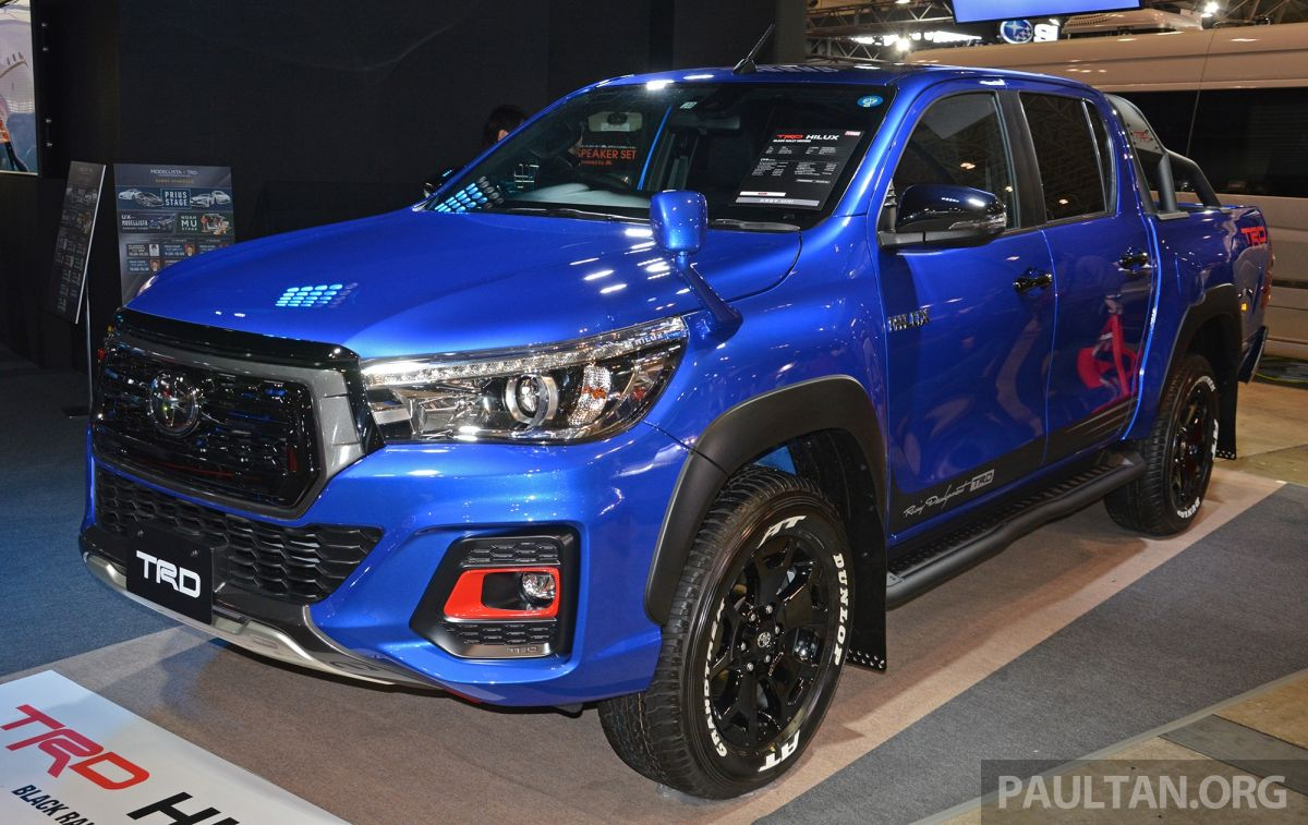 tas 2019 toyota hilux black rally edition previewed. Black Bedroom Furniture Sets. Home Design Ideas