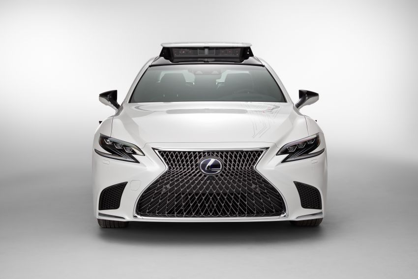 Toyota Research Institute reveals P4 autonomous driving prototype for CES – based on Lexus LS Image #906934