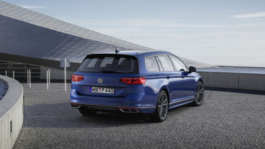 B8 Volkswagen Passat facelift revealed – new MIB3 infotainment and IQ.Drive assistance systems Image #919098