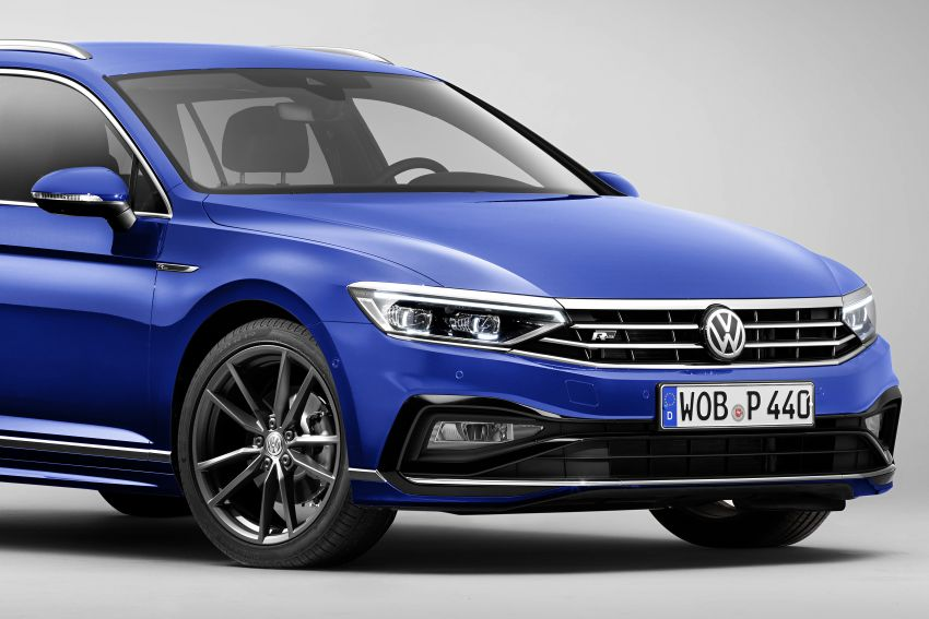 B8 Volkswagen Passat facelift revealed – new MIB3 infotainment and IQ.Drive assistance systems Image #919066