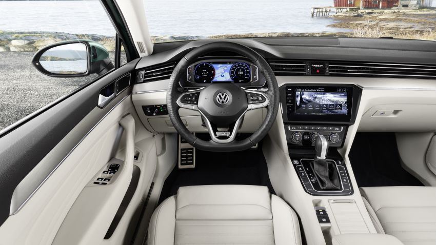 B8 Volkswagen Passat facelift revealed – new MIB3 infotainment and IQ.Drive assistance systems Image #919117