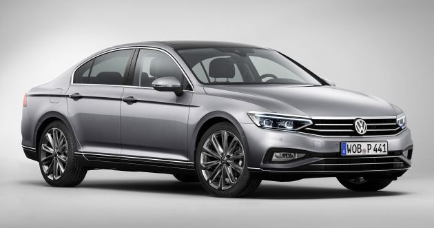 B8 Volkswagen Passat facelift revealed - new MIB3