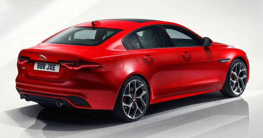 Jaguar XE facelift unveiled with updated styling, tech Image #927292