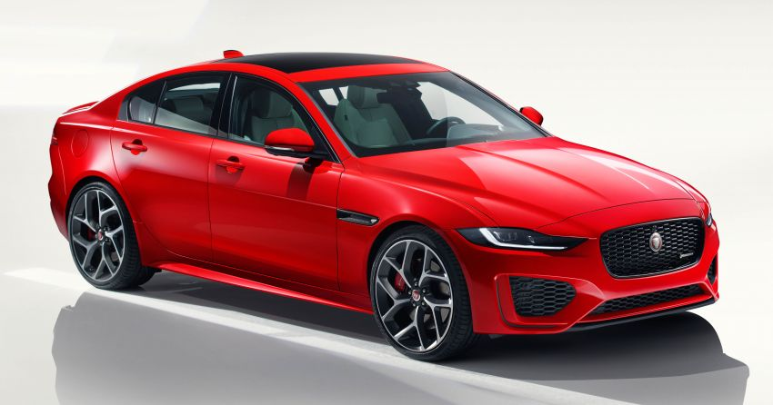 Jaguar XE facelift unveiled with updated styling, tech Image #927285