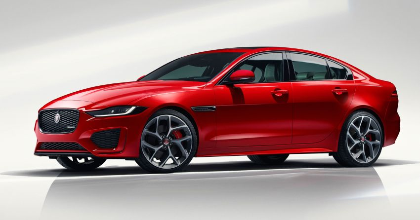 Jaguar XE facelift unveiled with updated styling, tech Image #927286