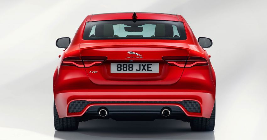 Jaguar XE facelift unveiled with updated styling, tech Image #927291