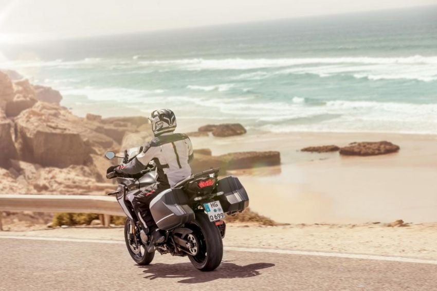 2019 Kawasaki Versys 1000 now available in Europe Image #920534