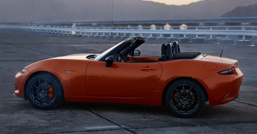 Mazda MX-5 30th Anniversary Edition officially debuts Image #919522
