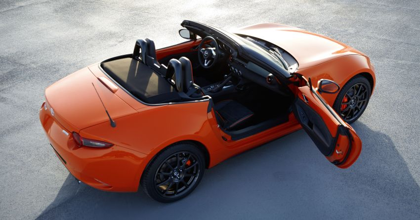 Mazda MX-5 30th Anniversary Edition officially debuts Image #919531