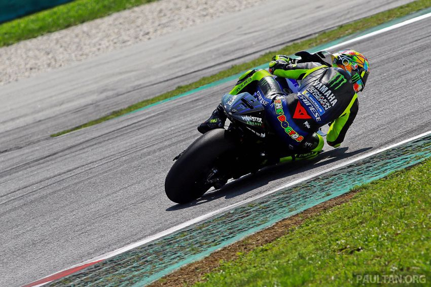 """Marquez, Lorenzo """"better have a plan to deal with me,"""" says Rossi as 2019 MotoGP testing begins in Sepang Image #919396"""