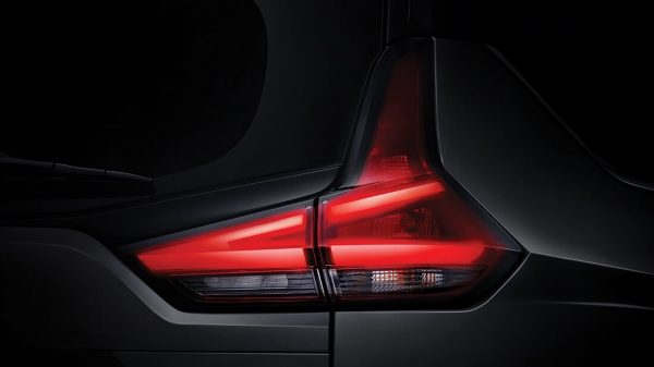 2019 Nissan Livina makes world debut in Indonesia – new 7-seater MPV based on Mitsubishi Xpander Image #923402