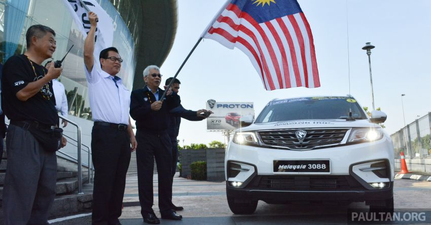 Proton X70 owners embark on 13,000-km, 33-day road trip to visit Geely's headquarters in Hangzhou, China Image #925999