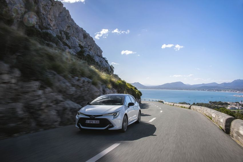 GALLERY: 2019 Toyota Corolla detailed for Europe – three body styles; four powertrains, including hybrids Image #926236