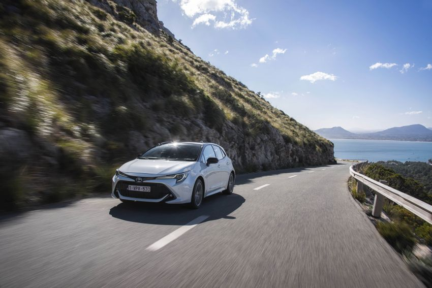 GALLERY: 2019 Toyota Corolla detailed for Europe – three body styles; four powertrains, including hybrids Image #926241