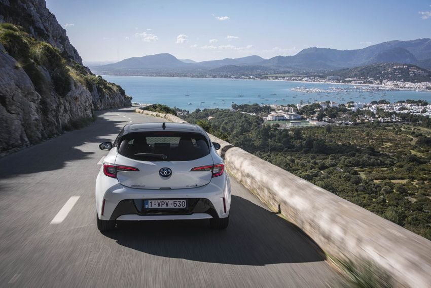 GALLERY: 2019 Toyota Corolla detailed for Europe – three body styles; four powertrains, including hybrids Image #926247