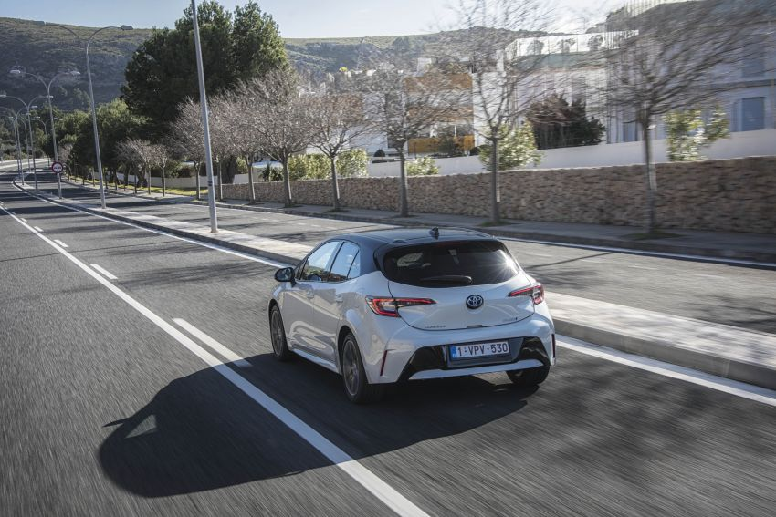 GALLERY: 2019 Toyota Corolla detailed for Europe – three body styles; four powertrains, including hybrids Image #926253