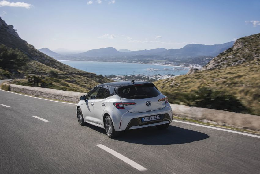 GALLERY: 2019 Toyota Corolla detailed for Europe – three body styles; four powertrains, including hybrids Image #926260