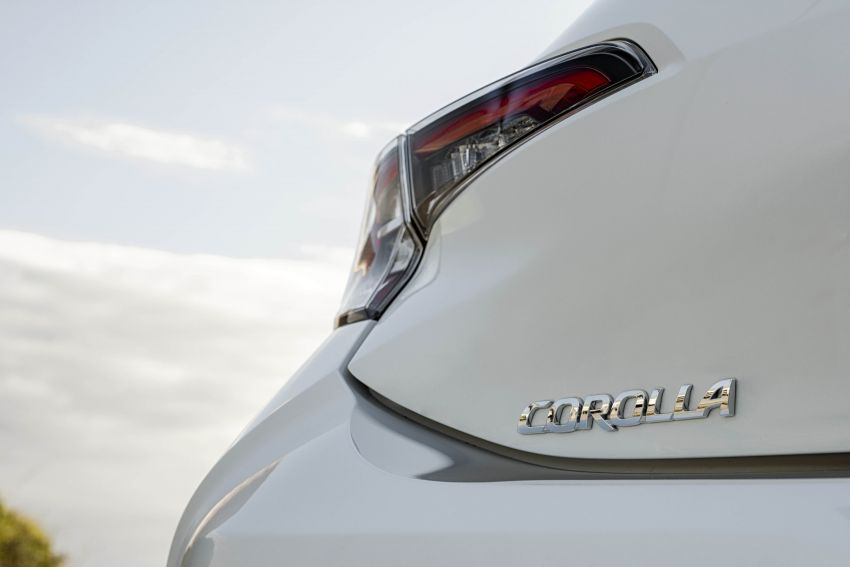 GALLERY: 2019 Toyota Corolla detailed for Europe – three body styles; four powertrains, including hybrids Image #926312