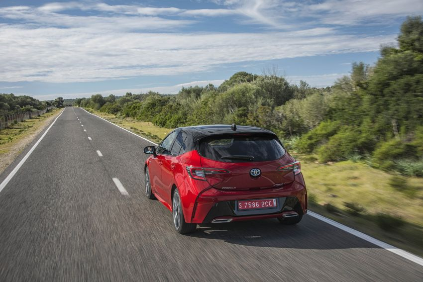 GALLERY: 2019 Toyota Corolla detailed for Europe – three body styles; four powertrains, including hybrids Image #926251