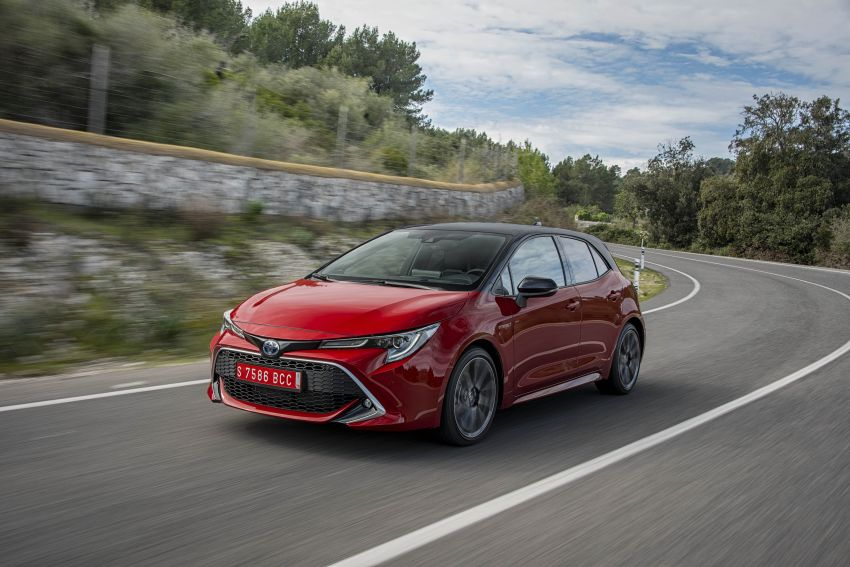 GALLERY: 2019 Toyota Corolla detailed for Europe – three body styles; four powertrains, including hybrids Image #926272