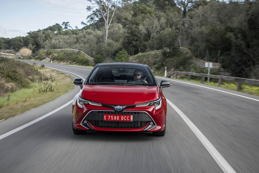 GALLERY: 2019 Toyota Corolla detailed for Europe – three body styles; four powertrains, including hybrids Image #926338