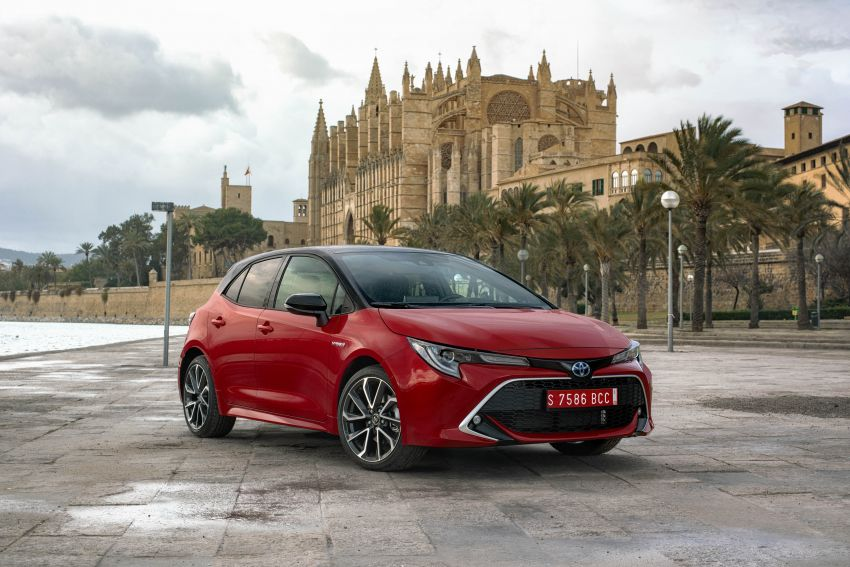 GALLERY: 2019 Toyota Corolla detailed for Europe – three body styles; four powertrains, including hybrids Image #926194
