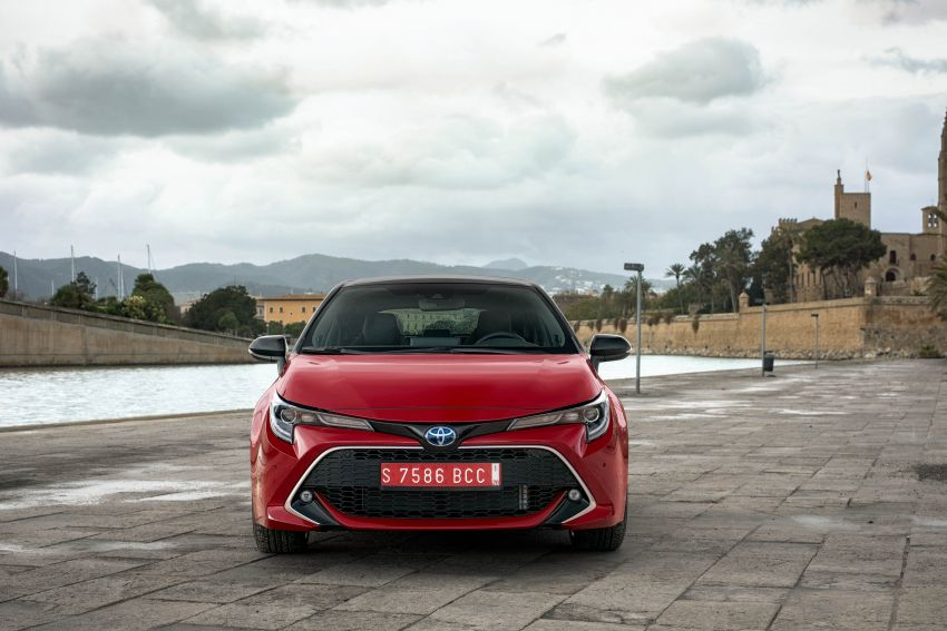 GALLERY: 2019 Toyota Corolla detailed for Europe – three body styles; four powertrains, including hybrids Image #926203