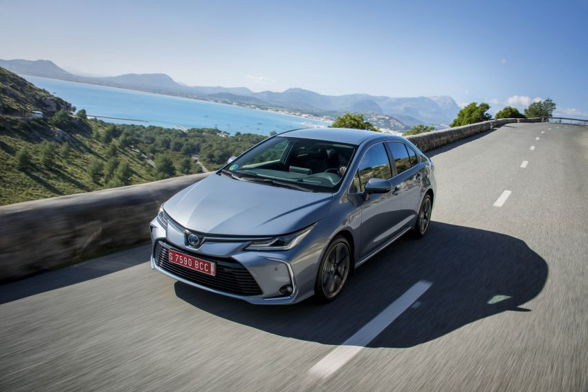 GALLERY: 2019 Toyota Corolla detailed for Europe – three body styles; four powertrains, including hybrids Image #926249
