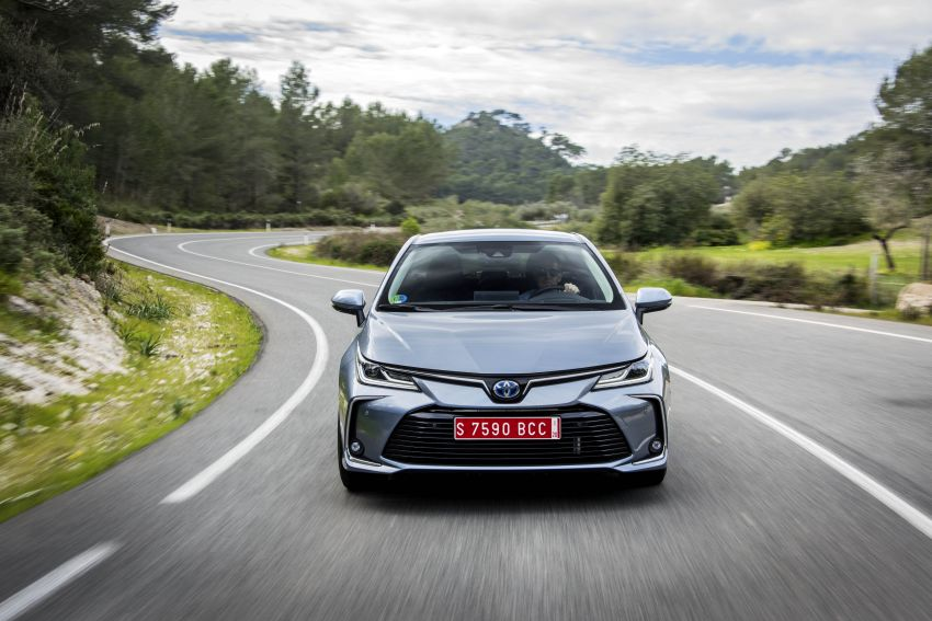 GALLERY: 2019 Toyota Corolla detailed for Europe – three body styles; four powertrains, including hybrids Image #926293