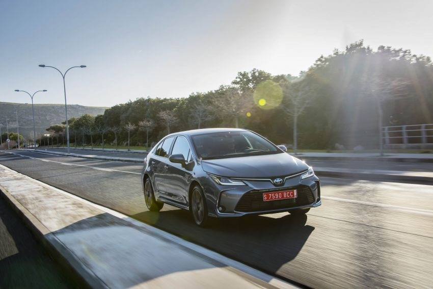 GALLERY: 2019 Toyota Corolla detailed for Europe – three body styles; four powertrains, including hybrids Image #926343