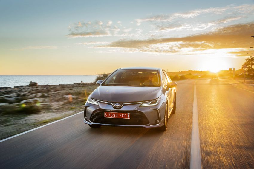 GALLERY: 2019 Toyota Corolla detailed for Europe – three body styles; four powertrains, including hybrids Image #926385