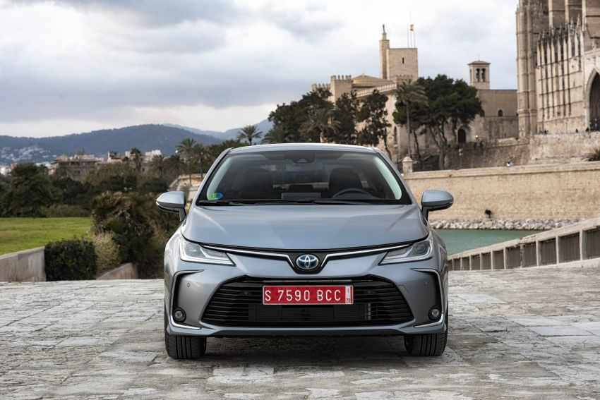 GALLERY: 2019 Toyota Corolla detailed for Europe – three body styles; four powertrains, including hybrids Image #926202