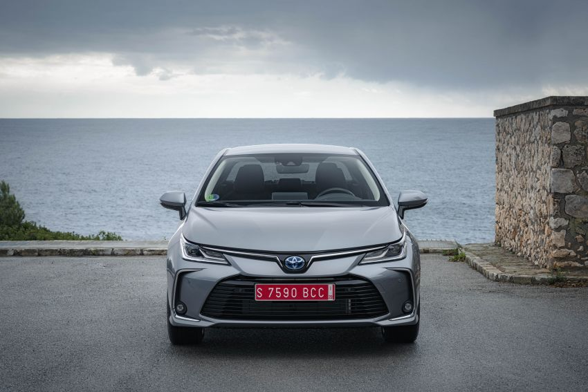 GALLERY: 2019 Toyota Corolla detailed for Europe – three body styles; four powertrains, including hybrids Image #926225