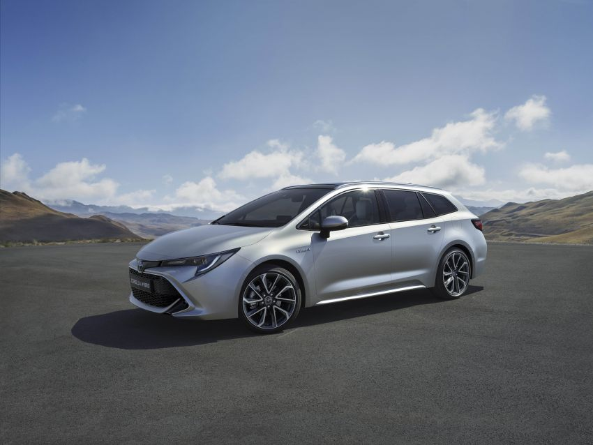 GALLERY: 2019 Toyota Corolla detailed for Europe – three body styles; four powertrains, including hybrids Image #926292