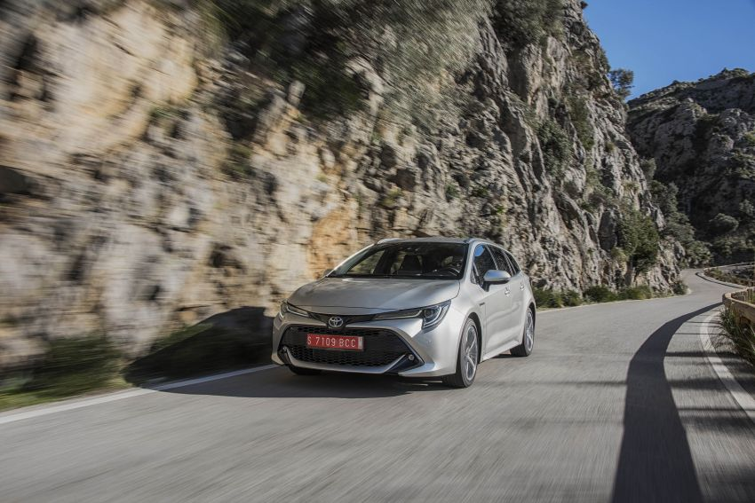 GALLERY: 2019 Toyota Corolla detailed for Europe – three body styles; four powertrains, including hybrids Image #926283