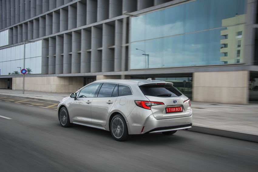 GALLERY: 2019 Toyota Corolla detailed for Europe – three body styles; four powertrains, including hybrids Image #926313
