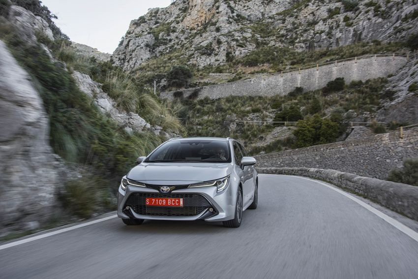 GALLERY: 2019 Toyota Corolla detailed for Europe – three body styles; four powertrains, including hybrids Image #926321