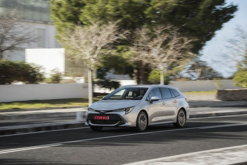 GALLERY: 2019 Toyota Corolla detailed for Europe – three body styles; four powertrains, including hybrids Image #926333