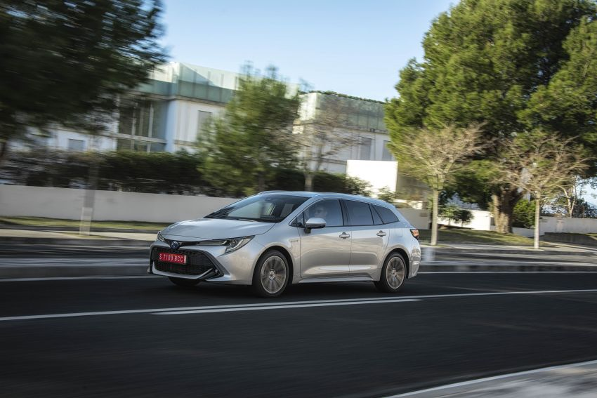GALLERY: 2019 Toyota Corolla detailed for Europe – three body styles; four powertrains, including hybrids Image #926339