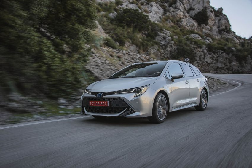 GALLERY: 2019 Toyota Corolla detailed for Europe – three body styles; four powertrains, including hybrids Image #926345
