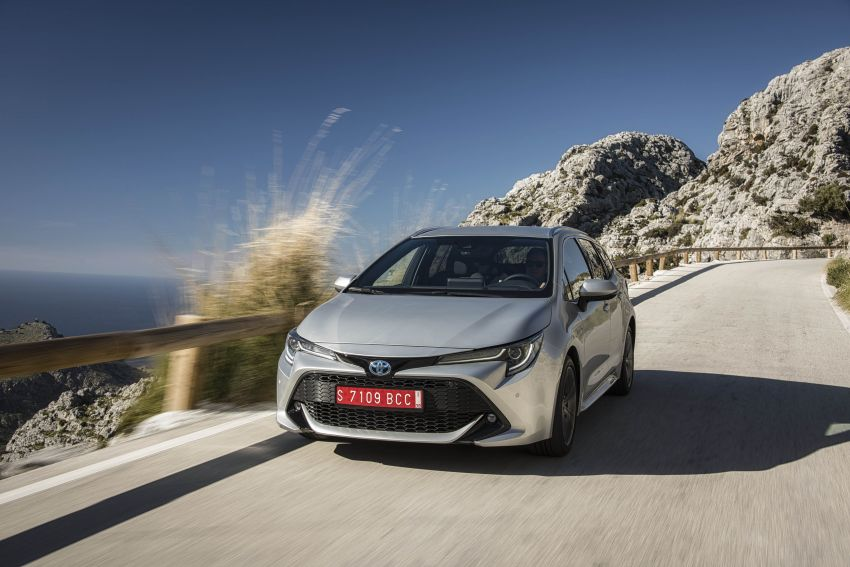 GALLERY: 2019 Toyota Corolla detailed for Europe – three body styles; four powertrains, including hybrids Image #926369