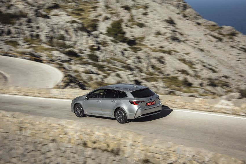 GALLERY: 2019 Toyota Corolla detailed for Europe – three body styles; four powertrains, including hybrids Image #926373