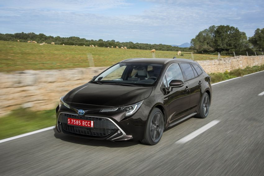 GALLERY: 2019 Toyota Corolla detailed for Europe – three body styles; four powertrains, including hybrids Image #926252