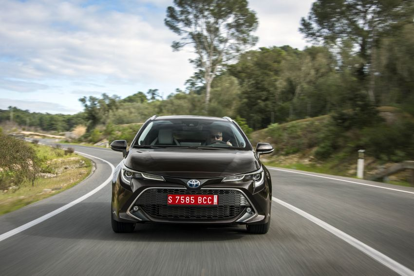 GALLERY: 2019 Toyota Corolla detailed for Europe – three body styles; four powertrains, including hybrids Image #926317