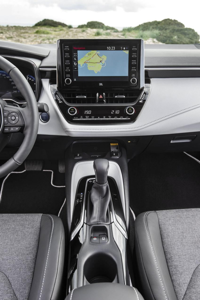 GALLERY: 2019 Toyota Corolla detailed for Europe – three body styles; four powertrains, including hybrids Image #926349