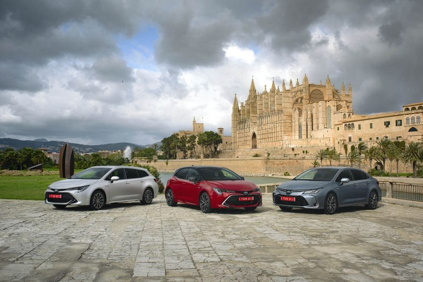 GALLERY: 2019 Toyota Corolla detailed for Europe – three body styles; four powertrains, including hybrids Image #926176
