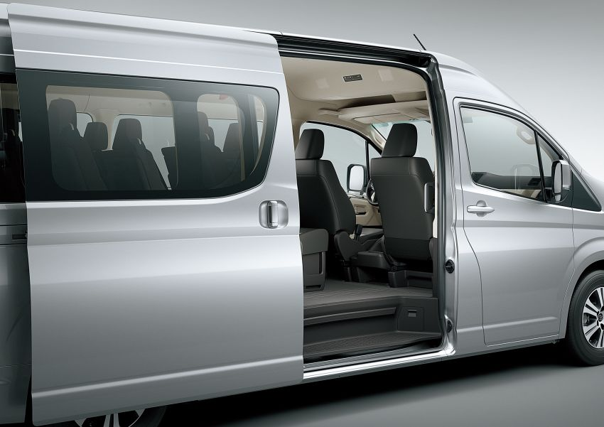 2019 Toyota Hiace debuts with new engines, safety kit Image #922875