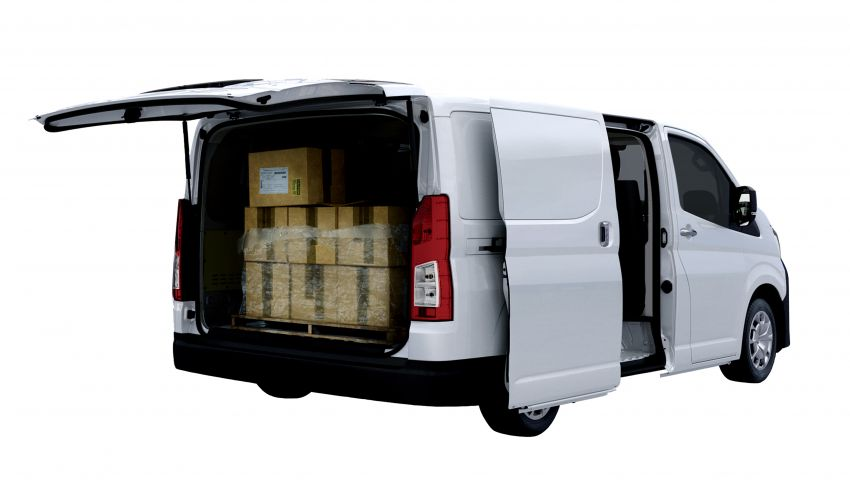 2019 Toyota Hiace debuts with new engines, safety kit Image #922878
