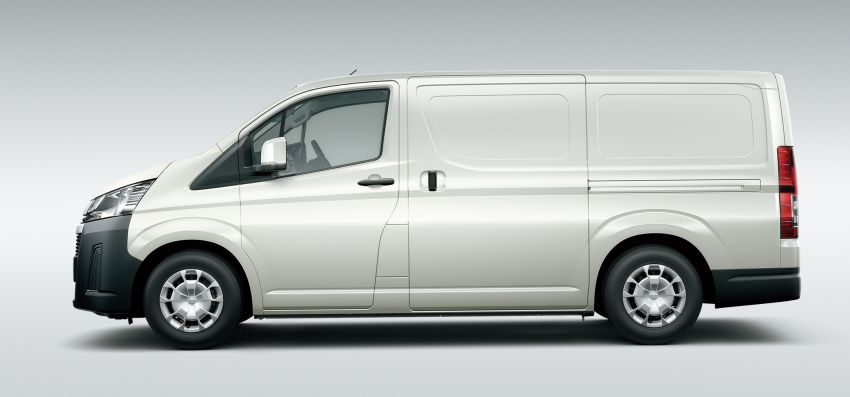 2019 Toyota Hiace debuts with new engines, safety kit Image #922858