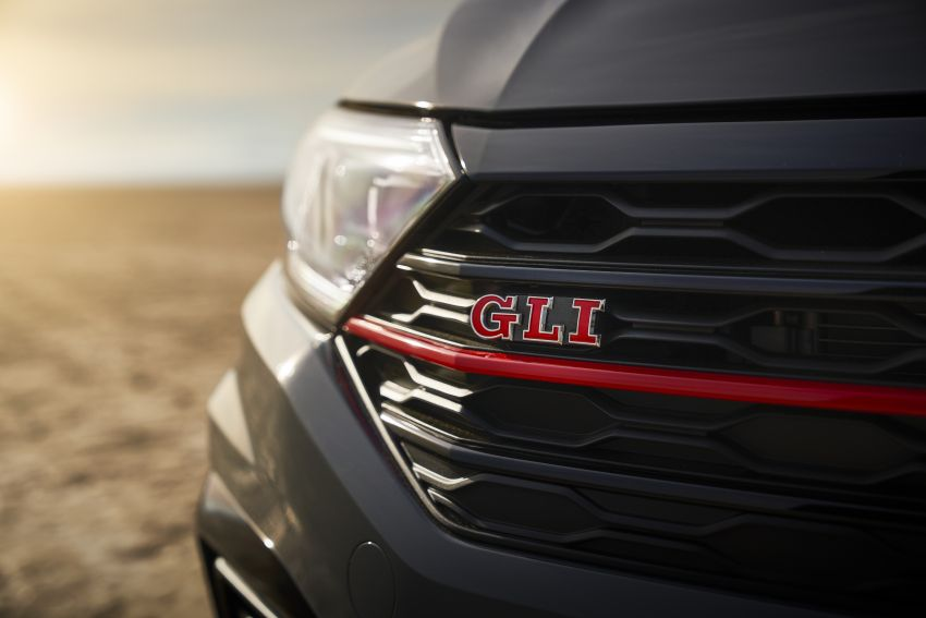 2019 Volkswagen Jetta GLI debuts in Chicago – 228 hp from the Golf GTI, six-speed manual, LSD standard Image #919750